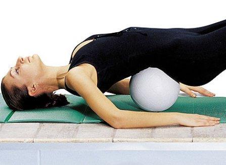 Упражнения при грудном остеохондрозе