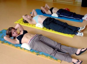 gimnastika-v-gruppe-300x222