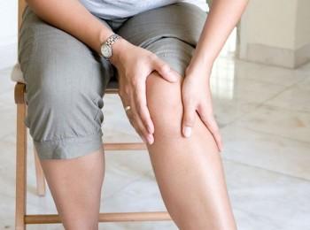 симптом боли в ногах